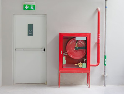 Características constructivas y geométricas de las puertas contra incendio