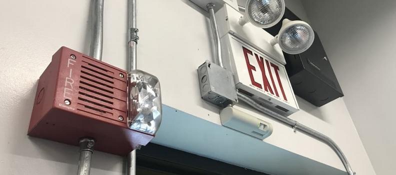¿Por qué instalar puertas contra incendio?
