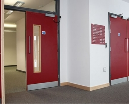 Características de las puertas contra incendio. Parte II