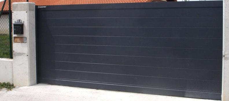 La importancia de adquirir puertas de garaje eléctricas de la más alta calidad