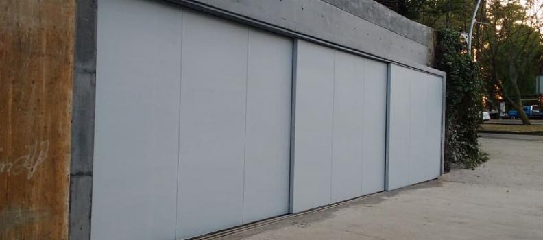¿Conoce los tipos de puertas automáticas para hogares y negocios?